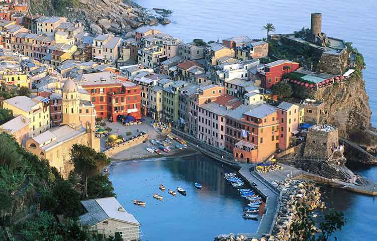 Cinqueterre private full day tour