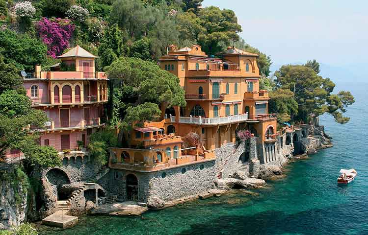 Monterosso and Portofino private full day tour